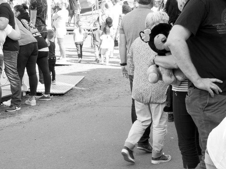 Pützchens Markt, Bonn, Volksfest, Jahrmarkt, Karussell, Achterbahn, Rollercoaster, fun fair