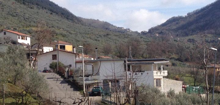 La casa del 67enne di Alatri (foto Marco Del Peschio)