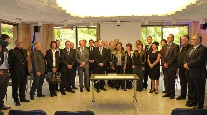 Une partie des maires de Haute-Corse rassemblés récemment à la préfecture