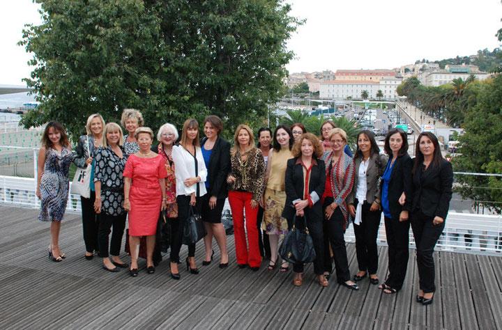 Une trentaine de femmes chefs d'entreprises de Corse, de Ligurie, du Piémont, de PACA et de Rhône Alpes, ainsi que de Sardaigne et du Val D'Aoste, ont pu débattre durant plus de 2 heures sur la place des femmes dans le management des entreprise