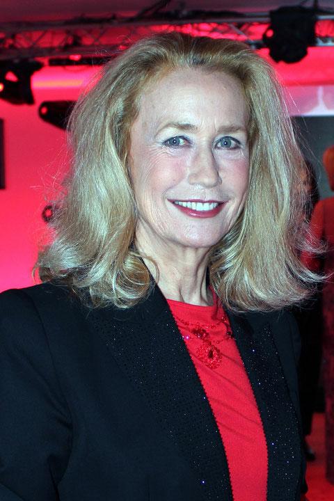 Brigitte FOSSEY - Festival de Cannes  2011 © Anik COUBLE