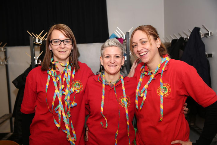 das hübsche Garderobe-Team