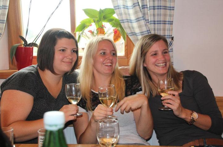 """diese 3 hübschen Mädchen sind auch von den """"Jungen Paldauern"""" begeistert"""
