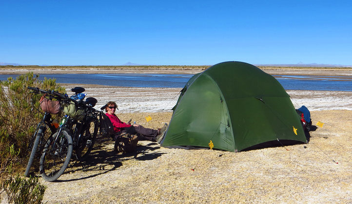 Idyllischer Zeltplatz am Rio Grande de Lipez, ca. 65 km nach Uyuni.