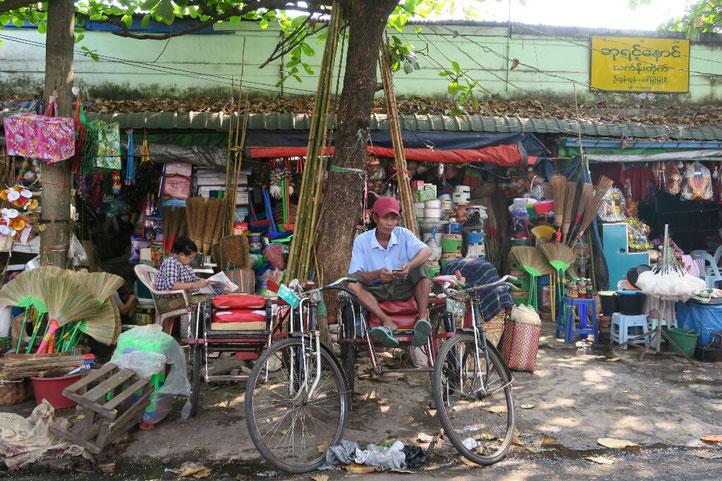 Dans les rues de Yangon