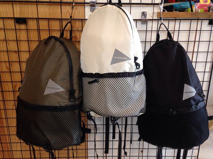 and wander(アンドワンダー)20L backpack ¥18,360(税込)