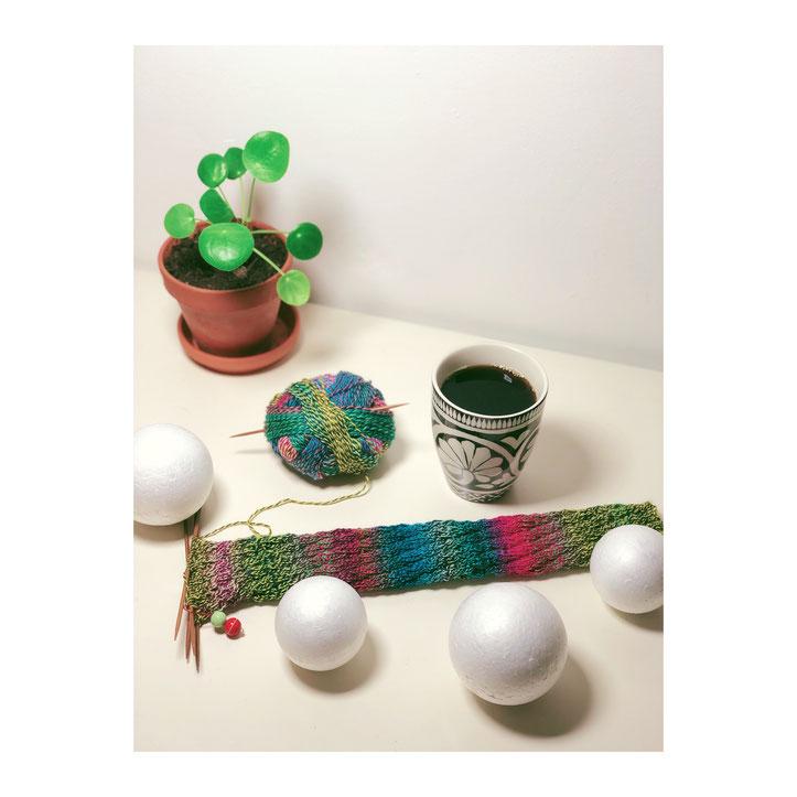 Spiralsocke aus Schopel Wolle Crazy Zauberball Jubiläumsparty