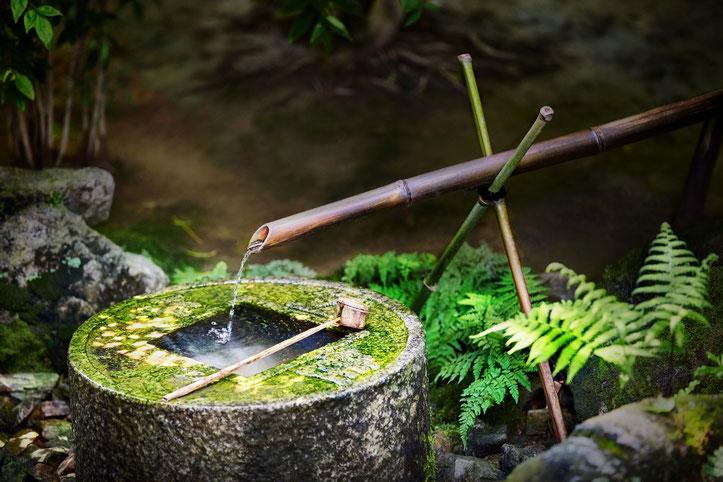 Fontaine au Temple Ryoan-ji à Kyoto
