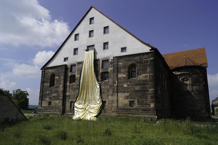 Installation Le Pli - Ostfassade Peterskirche Erfurt