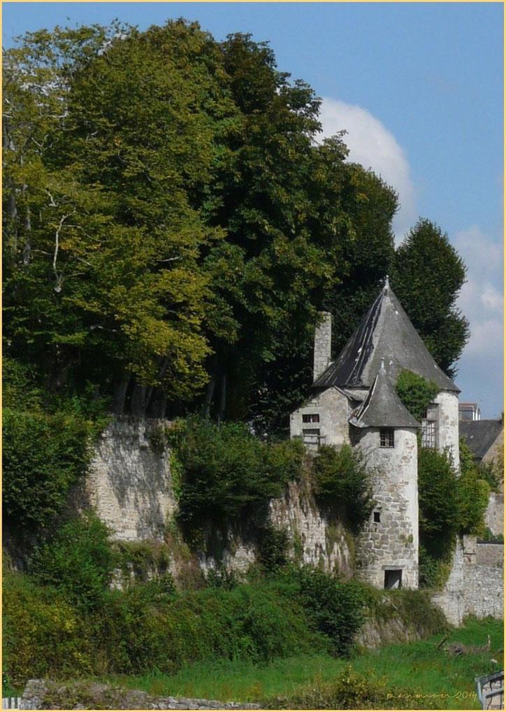 Vestiges du Château de Quentin