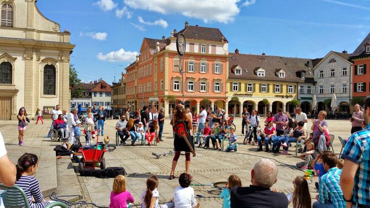 Уличные артисты — единственные люди, работающие в Германии по воскресеньям