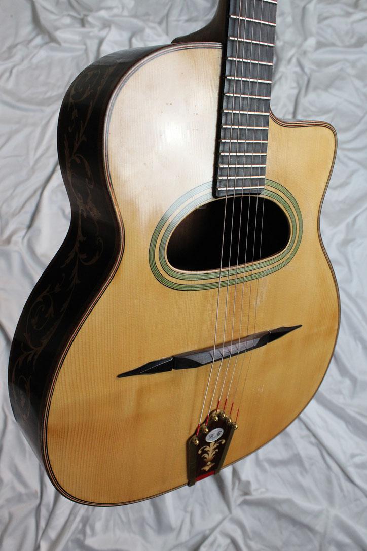 Luigi Bariselli Maccaferri guitar