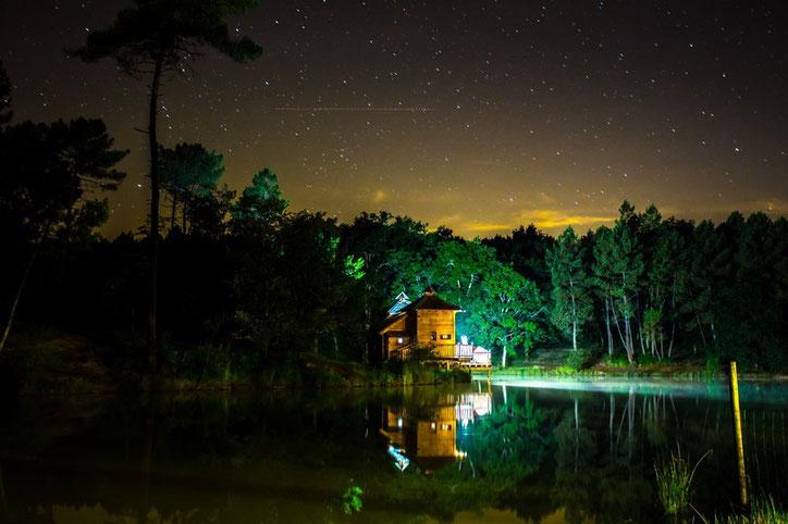 cabane sur l'eau, cabane flottante, cabane flottante dordogne