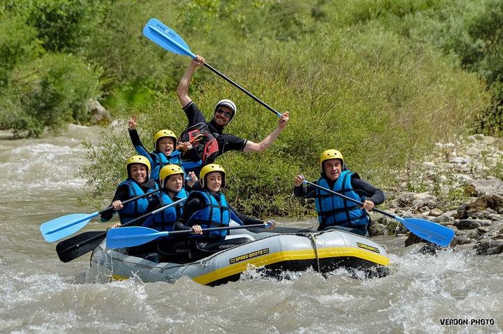 Rafting au départ de Castellane, Verdon en famille.