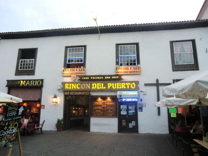Außenansicht der Cocktailbar am Plaza del Charco