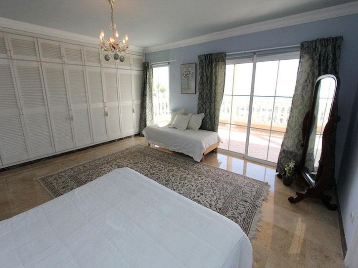 30 qm großes Schlafzimmer