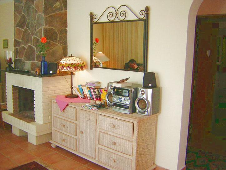 Streoanlage im Wohnzimmer der Villa