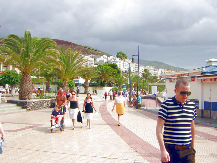 Strandpromenade in Los Christianos im Súden von Teneriffa