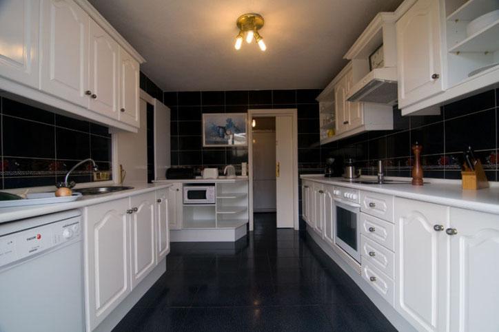 Küche ein Traum in Weiss