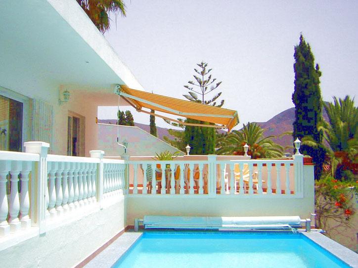 Elegante Urlaubs - Villa mit Pool für bis zu 6 Personen im sonnigen Süden von Teneriffa in La Florida bei Chayofa, ruhig gelegen für einen Erholungsurlaub