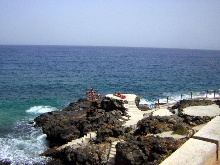 Treppen ins Meer