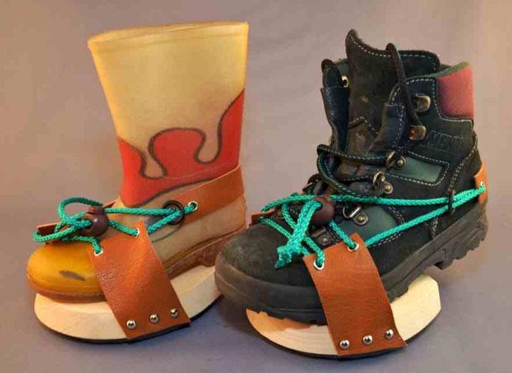 Horse-Hopper - Schuh von 3 bis 9 Jahre verstellbar.