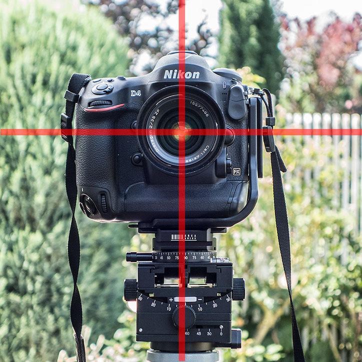 Im Praxis-Test Landschaftsfotografie, Architekturfotografie und Panoramafotografie präzise Ausrichtung der NIKON D4, D4s, D5 im Querformat mit einem ARCA-SWISS-kompatiblen L-Winkel von KIRK. Foto Klaus Schoerner