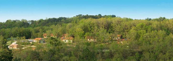 Village Enchanteur, Panoramique, location de gîtes écologiques