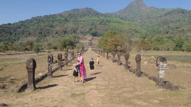 Der Mönchsweg zum Wat Phou