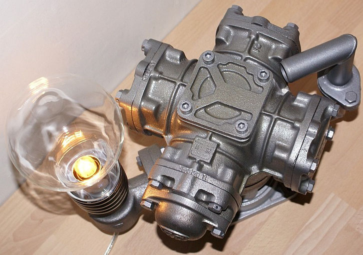 Kraftwerk Recycling-Leuchte