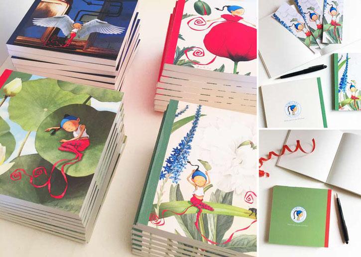carte postale avec le Mont Fuji sur une table