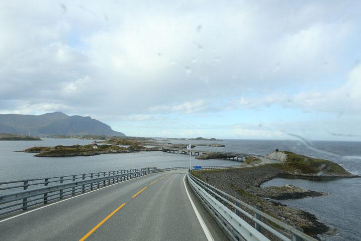 Atlantikstraße_Camping_Wohnmobil_Norwegen_Reisebericht_Die Roadies