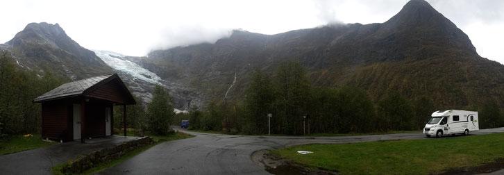 Stellplatz_Norwegen_Gletscher_Fjearland_Wohnmobil_Hund_Erfahrungen