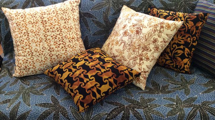 Textiil Decor Pillows Ikat Batik