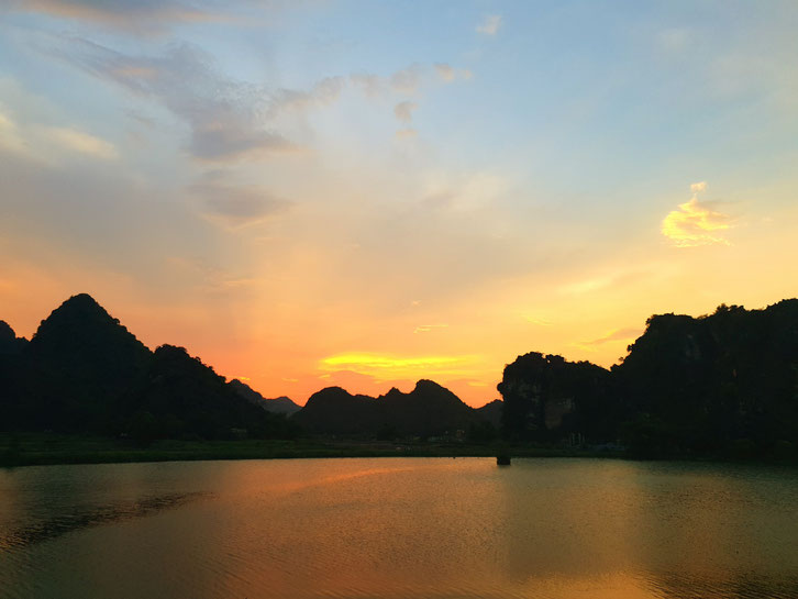 Sonnenuntergang Ninh Binh