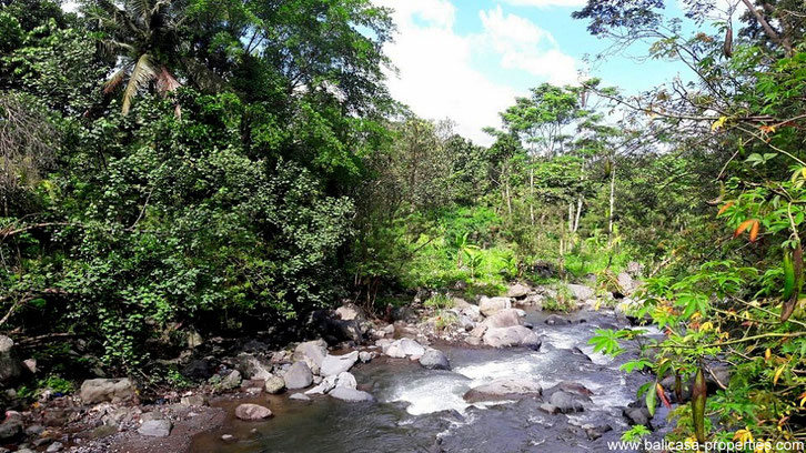 Land for sale in Sidemen along a river