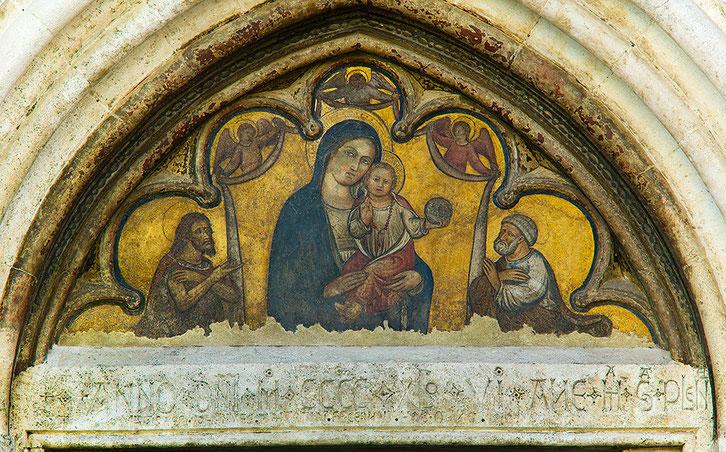 Santa Maria delle Grazie, Madonna con il Bambino. Rosciolo L'Aquila