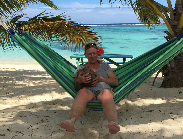 Saving for a budget holiday, cheaper island travel, Rarotonga cheap holiday, budget holiday, affordable accommodation, cheap activities, cheaper eating