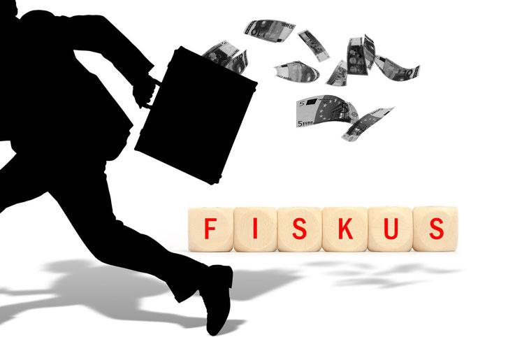 Silhouette eines Mannes mit Geldkoffer, der flüchtet, während ihm Euro-Scheine aus dem Koffer fliegen; Kurtz Detektei Bochum