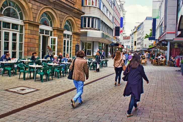 Fußgängerzone Wuppertal; Privatdetektei, Privatdetektiv Wuppertal, Privatermittler Wuppertal
