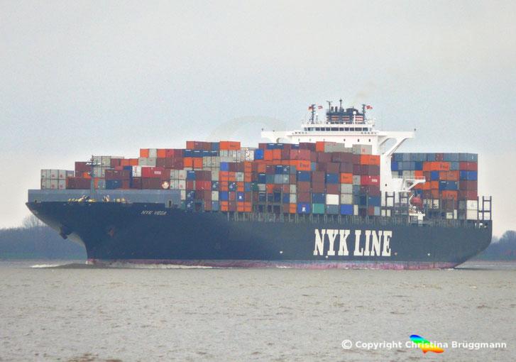 """""""NYK VEGA"""" auf der Elbe 27.03.2015"""