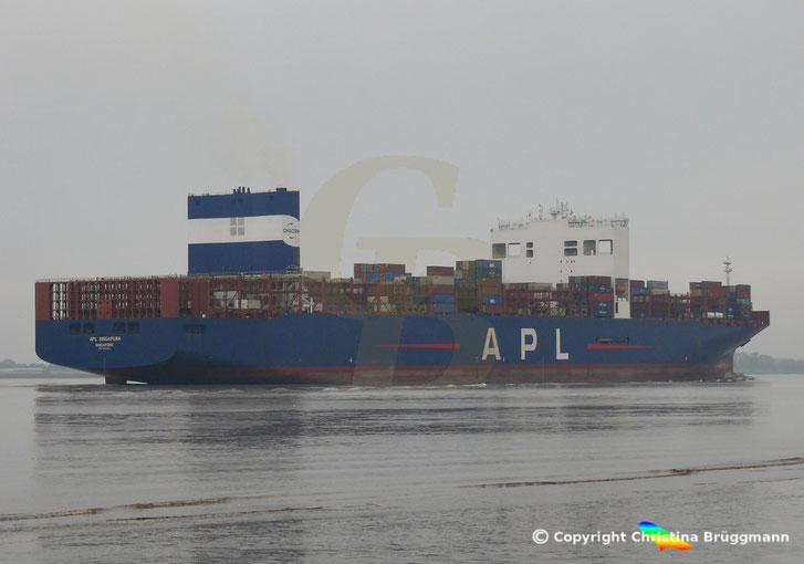 Containerschiff APL SINGAPURA, mit Scrubber