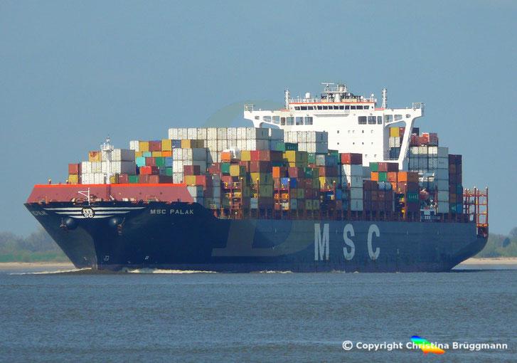 Containerschiff MSC PALAK, Elbe 09.04.2019
