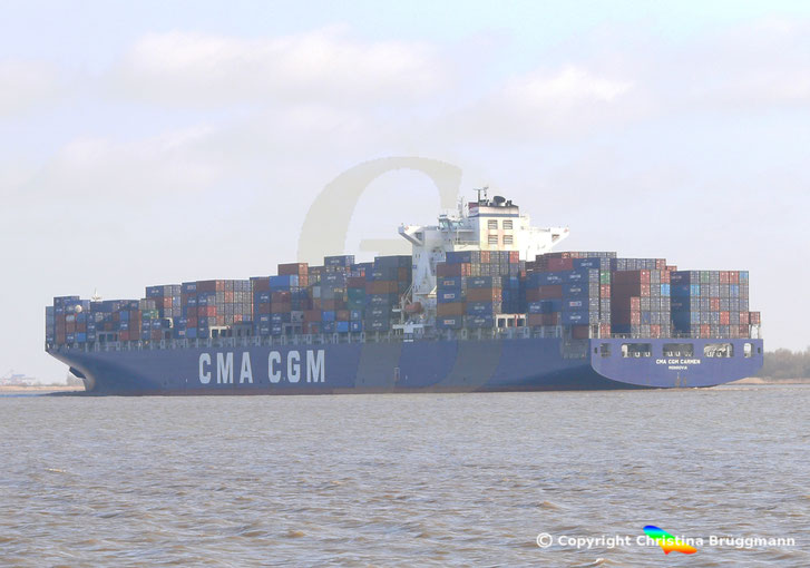 """""""CMA CGM CARMEN"""" auf der Elbe 08.04.2015"""