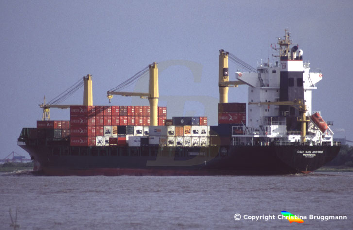 Containerschiff CSAV SAN ANTONIO, Elbe 2008
