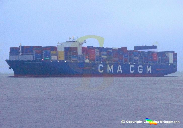 Containerschiff CMA CGM JEAN MERMOZ mit Scrubber