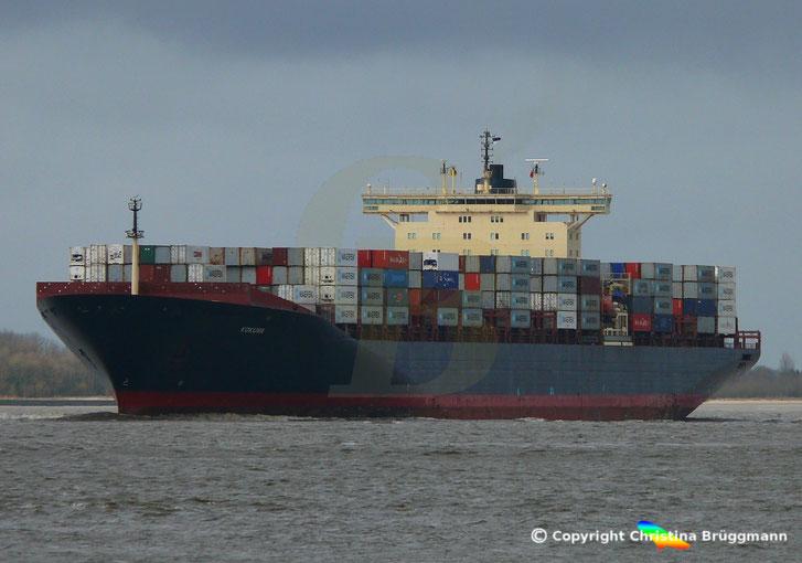 Containerschiff KOKURA, Elbe 11.03.2019