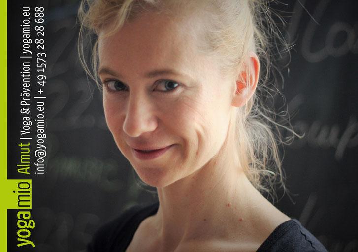 Yoga-Lehrerin Almut Knauß - info@yogamio.eu - +49 1573 28 28 688 - Yoga Mio Halle