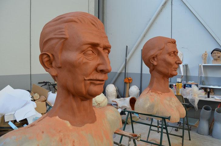 Proceso de modelado de Antonio y Feli, gigantes tamaño comparsa; Comparsa de Gigantes de Buztintxuri (Pamplona)