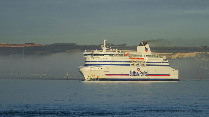 Cap Finistère, which operated the UK - Spain routes since 2010, casting off Portsmouth's harbour.